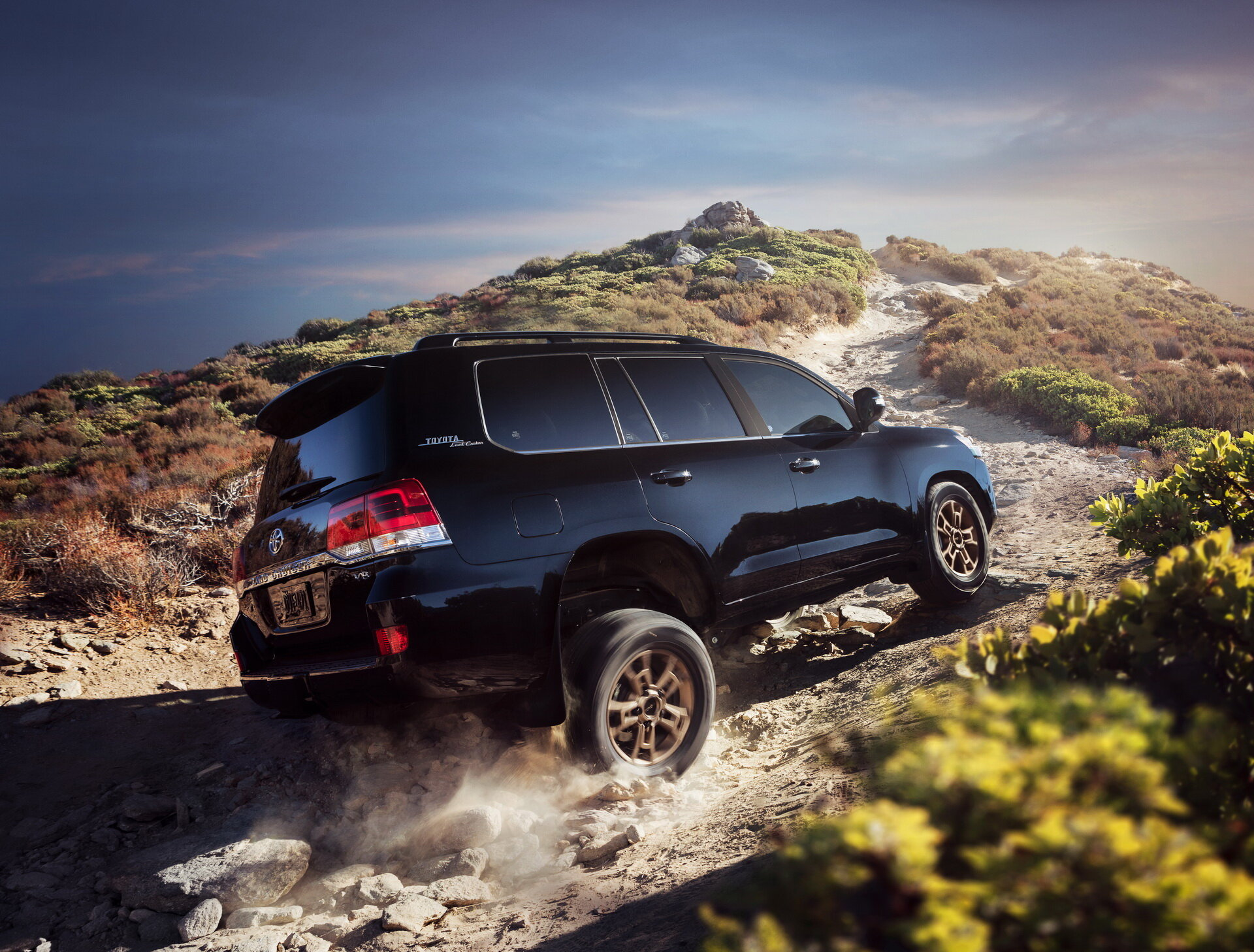 Toyota представила Land Cruiser Heritage Edition